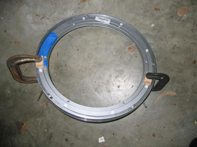Bearing clamped inside ring