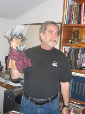 Steve with the bag puppet from C4