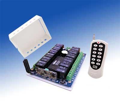 http://www.artoo-detoo.net/gallery/d/3850-2/RF-remote-and-receiver.jpg